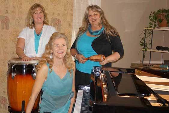 lyp service girl band